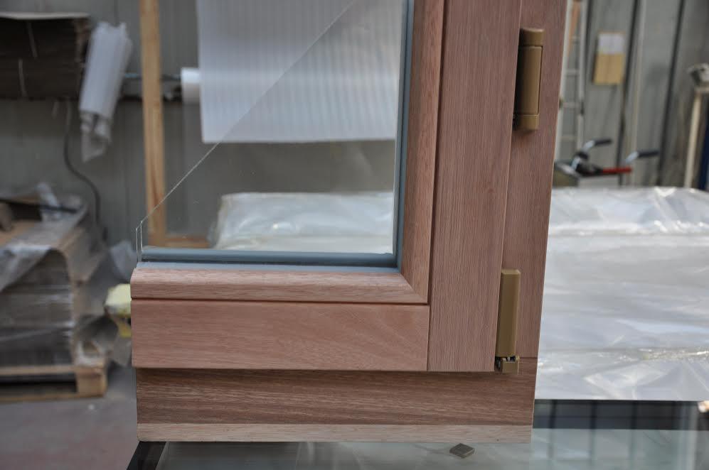 Fenêtre bois Saint-Genest-Lerpt